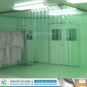 Lắp mành ngăn điều hòa nhựa pvc cho khu vực y tế